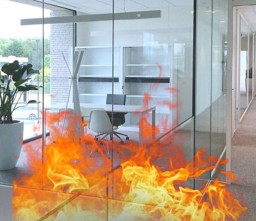 شیشه ضد حریق در جلوگیری از پیشرفت آتش سوزی