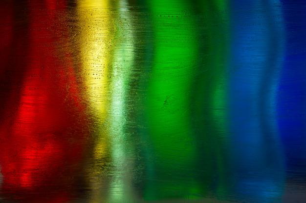 کاربرد شیشه های رنگی در ساختمان