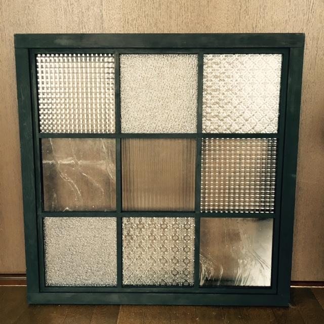 کاربرد شیشه طرح دار
