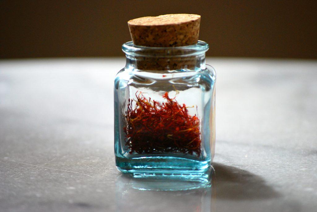 خرید شیشه زعفران با قیمتی ارزان به صورت عمده
