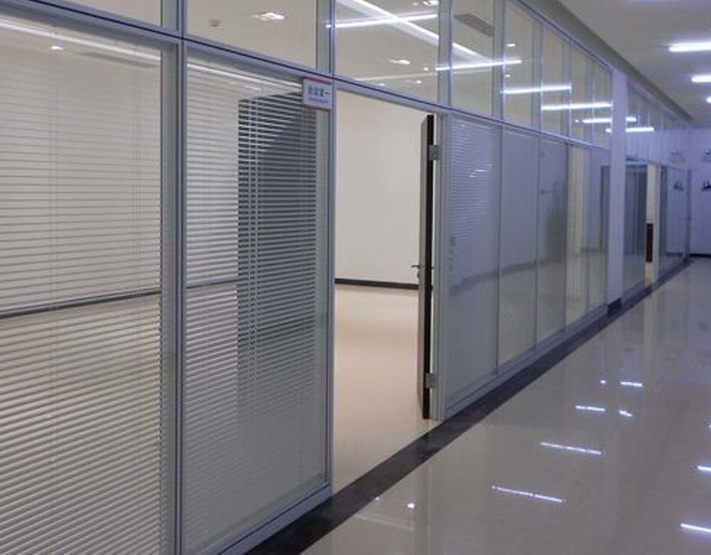 کاربرد های شیشه 8 میل