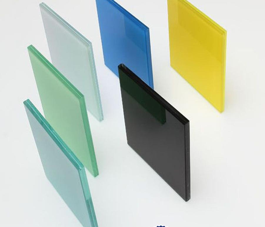 محصولات شیشه تخت