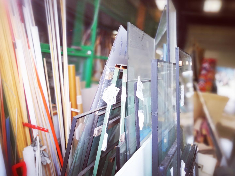 مزایا و خصوصیات شیشه لمینت